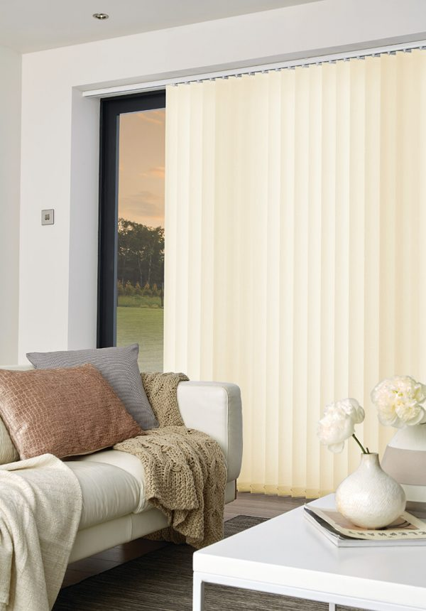 Colori_blinds_Vertical_blinds__Ritz_Ivory_Open