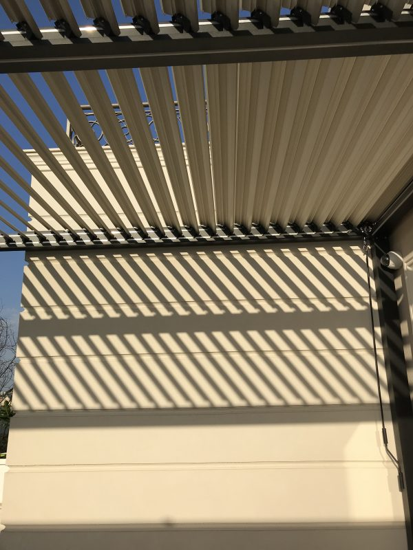 Bioclimatic_Pergola_Colori_Terrace_House_2