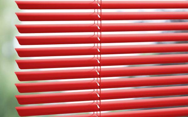 red_venetian_blinds_colori_window