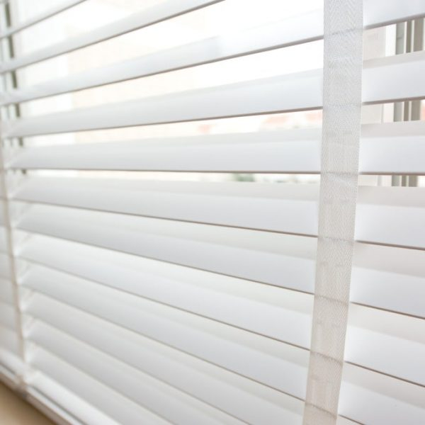 COLORI_wooden_horizontal_blinds_White_Real_Wood_Blind